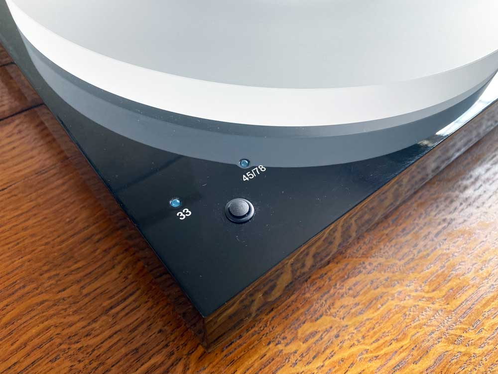 Pro-Ject X1 Plays 33, 45, and 78 RPM